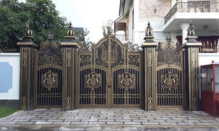 TOP 10 mẫu cổng biệt thự tân cổ điển đẹp & đẳng cấp